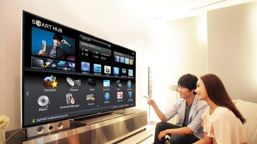 Смарт тв дает возможность зрителю управлять телевизором с помощью жестов или голоса