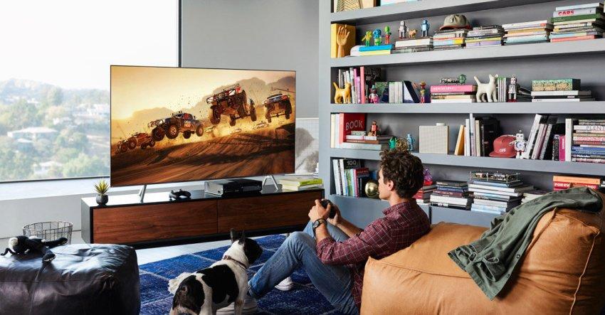 Smart TV - набор программ, создающих платформу, благодаря которой уже можно из телеприемника получить медиацентр