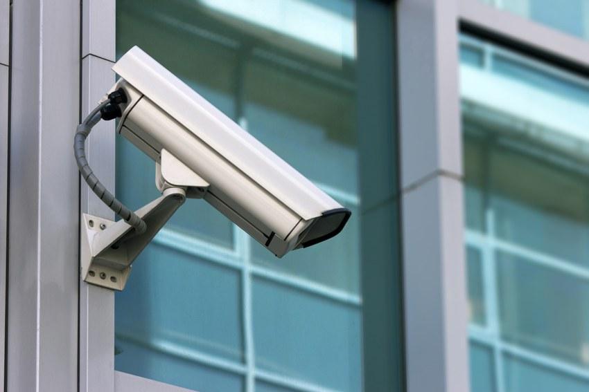 Использовав видеонаблюдение против воли человека можно спровоцировать его обратиться в суд