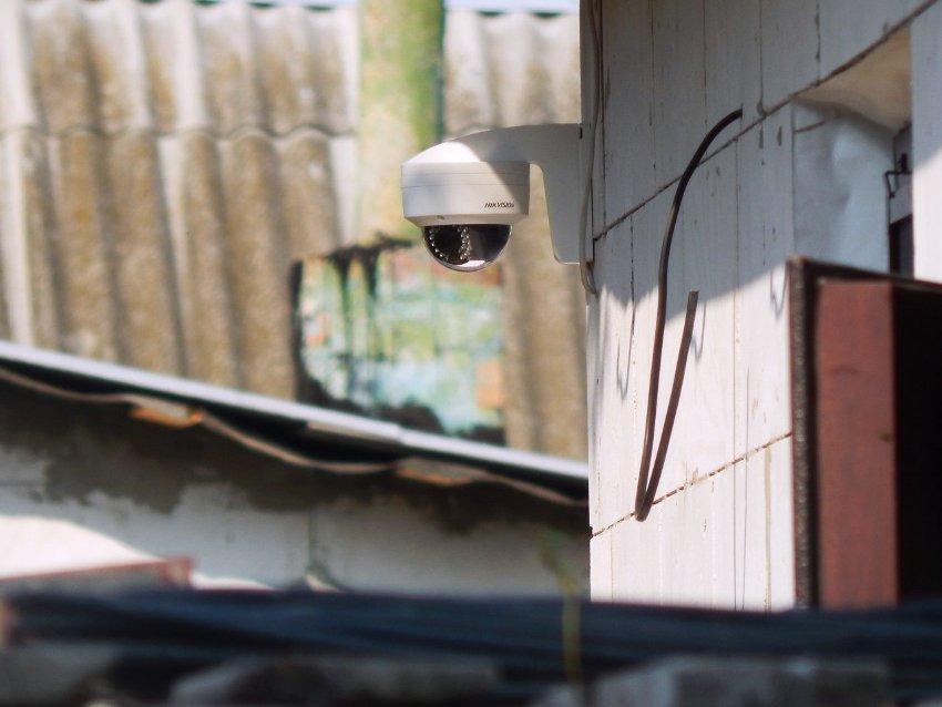 В зависимости от модели камеры скрытого видеонаблюдения может иметься в наличии инфракрасная подсветка