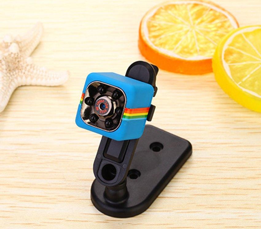 Маленькие видеокамеры для скрытого видеонаблюдения характеризуются разным углом обзора
