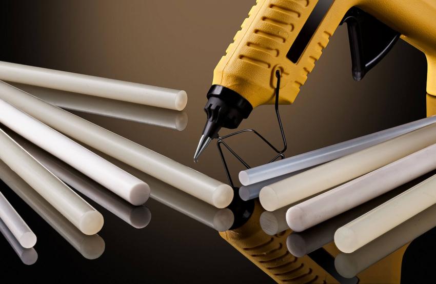 Клеевые стержни различаются по диаметру – 7 и 11 мм, а также по длине – 4-20 см