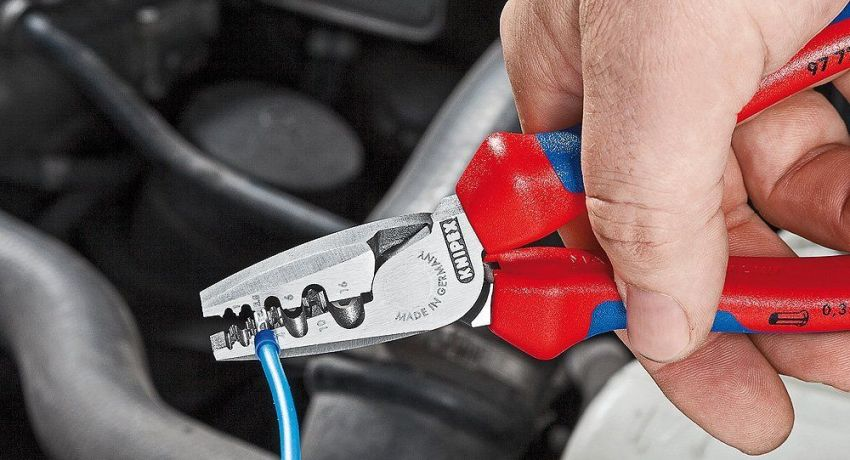 Пресс-клещи часто используются при обжимки гильз