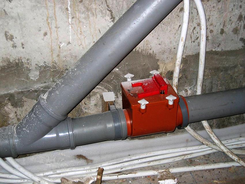 Перед тем как устанавливать клапан необходимо перекрыть водоснабжение в квартире