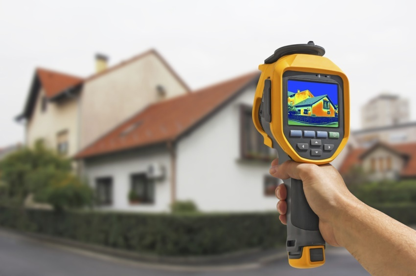 До начала утепления дома следует провести тепловизионное обследование, которое поможет рассчитать требуемые затраты на утепление