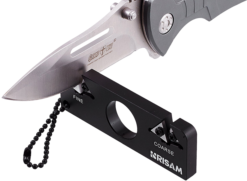 Точилки-брелоки для ножей удобные в использовании, а также имеют оригинальный вид