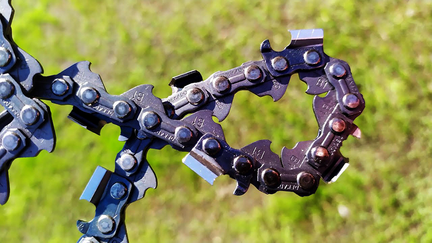 Довольно часто цепи от бензопил в своей работе используют ковали