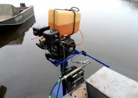 Самодельный лодочный мотор из бензопилы может сделать даже новичок