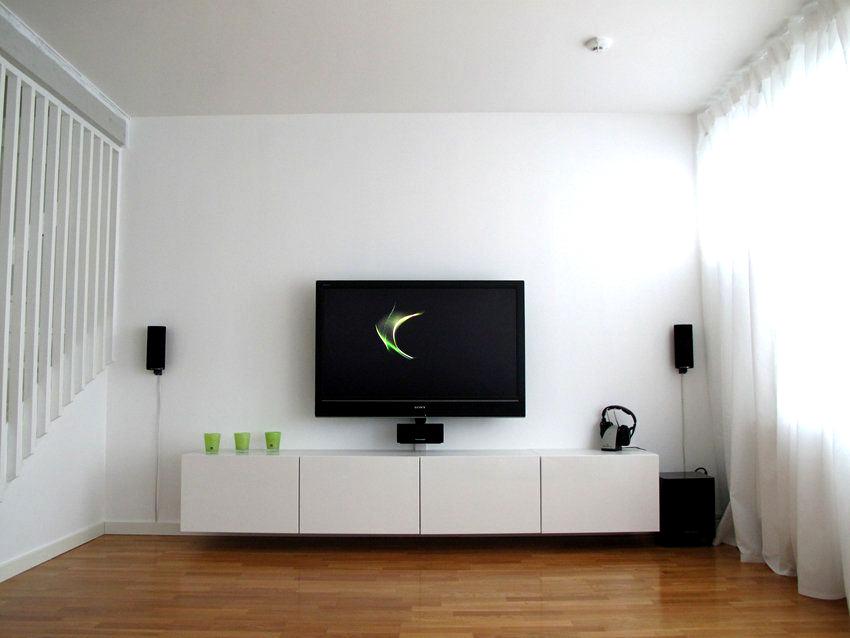 «Умный» телевизор Erisson 50ULEA99T2 Smart оснащен экраном с разрешением 4К