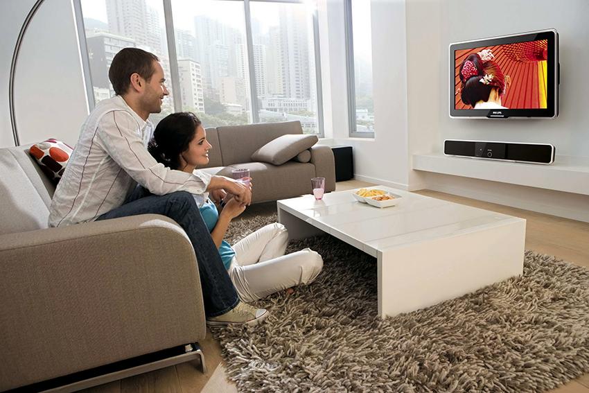 Самыми популярными брендами смарт-телевизоров являются Samsung, LG, Sony и Philips