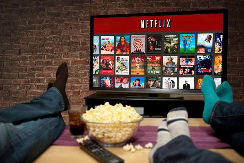 Телевизоры с функцией Smart TV и встроенной приставкой имеют много преимуществ