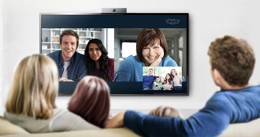 Большинство «умных» телевизоров позволяют общаться по Skype с близкими