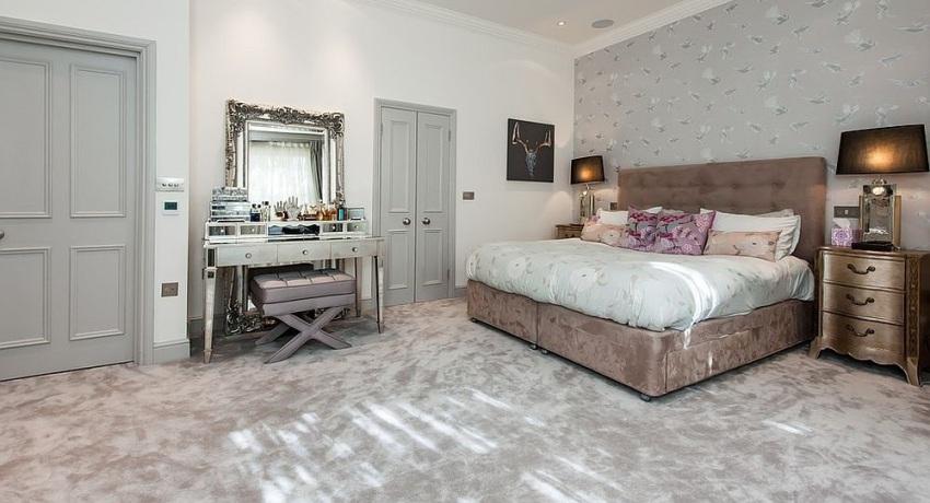 Любая спальня выглядит более законченной и гармоничной, если в ней присутствует трюмо