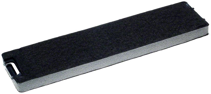 Комбинированный фильтр, кроме картриджа с угольными гранулами, имеет плотный текстильный слой