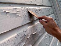 Окрашенную ранее поверхность необходимо тщательно очистить