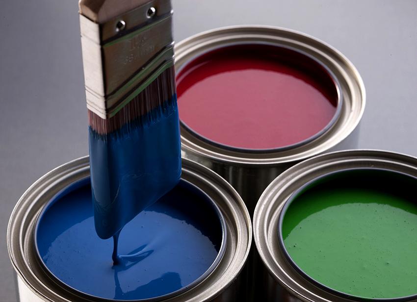 При выборе краски лучше отдавать предпочтение проверенным брендам