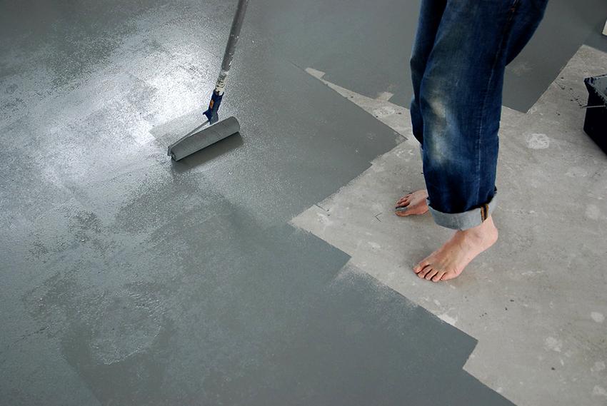 Для покраски гаража не подойдут алкидные, масляные и фторорганические составы