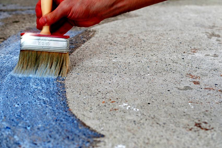 Грунтовка бетонного пола – важный этап перед покраской поверхности