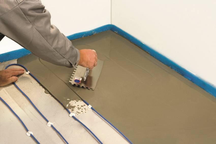 Прежде всего, перед заливкой покрытия, следует выбрать вид отопления, который подойдёт под наливной пол