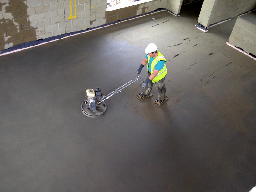 Обеспылить бетонный пол при помощи шлифмашинки можно и по старому, и по свежеуложенному основанию