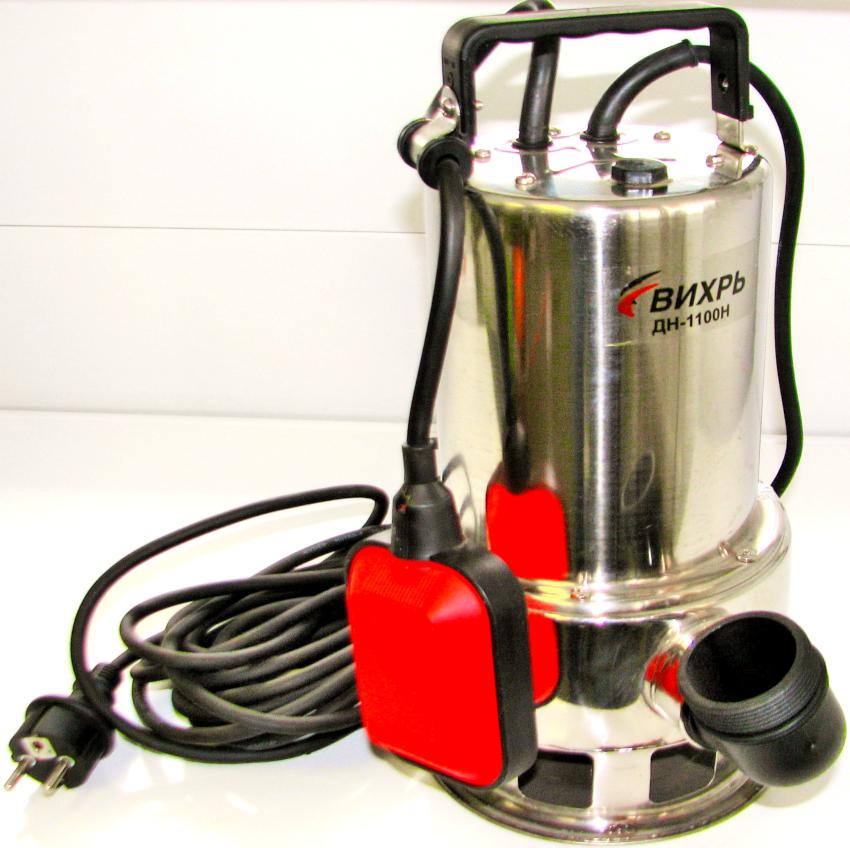 """Насос """"Вихрь"""" ДН-1100Н работает в автоматическом режиме и в момент полного осушения объекта отключается"""