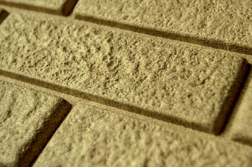 Толщина винилового сайдинга под кирпич колеблется от 0,9 до 1,2 мм