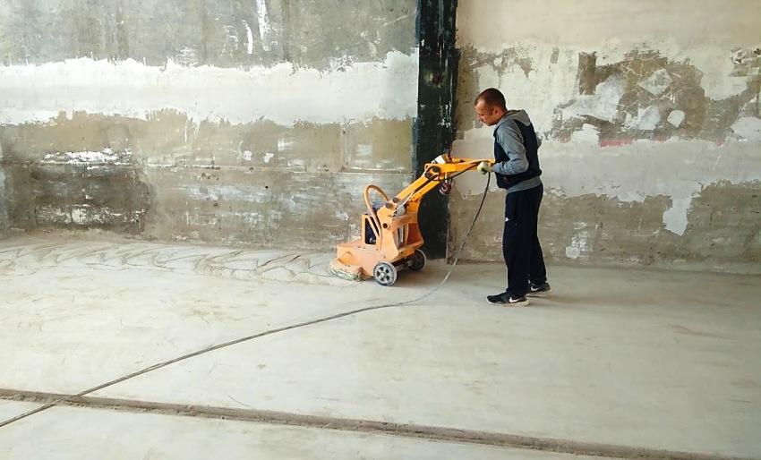 Также полы из бетона подвергают шлифовке в том случае, если в дальнейшем планируется проведение полировочных работ