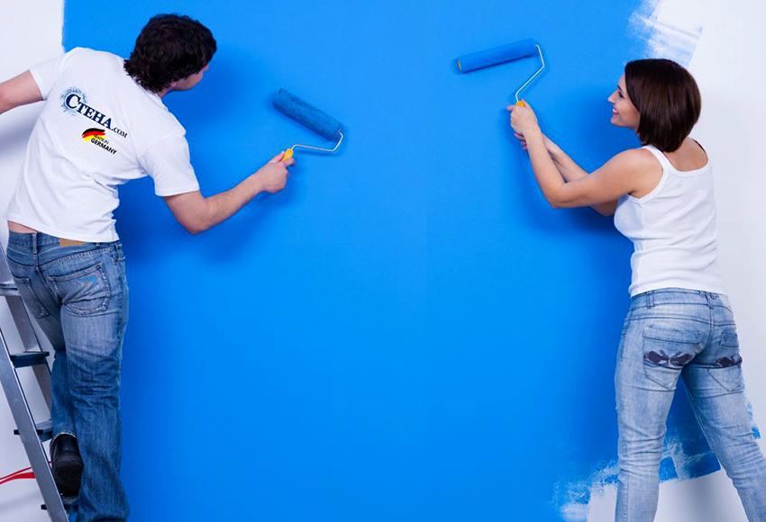 Для окрашивания стеклохолста подходит силиконовая, латексная и акриловая краска