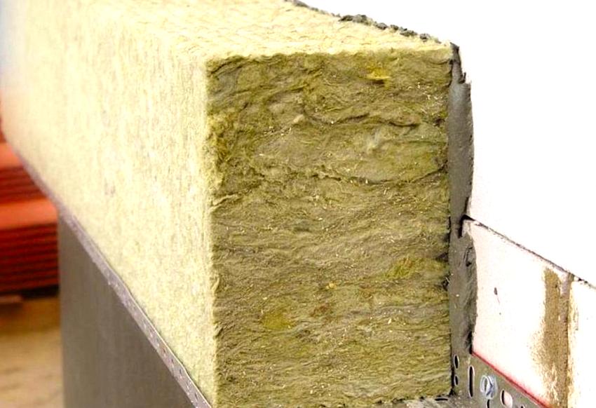 исследовательскими работами подтверждено, что превышение определенной толщины утепления, не приводит к существенному улучшению теплоизоляционных параметров стенки