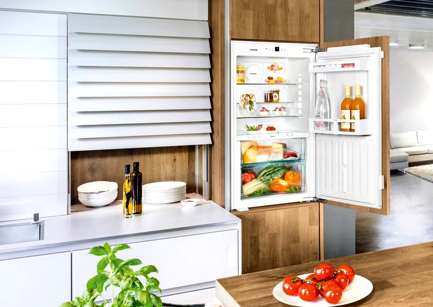 Полноразмерный двухкамерный холодильник Liebherr будет стоить от 50 до 100 тыс. руб.