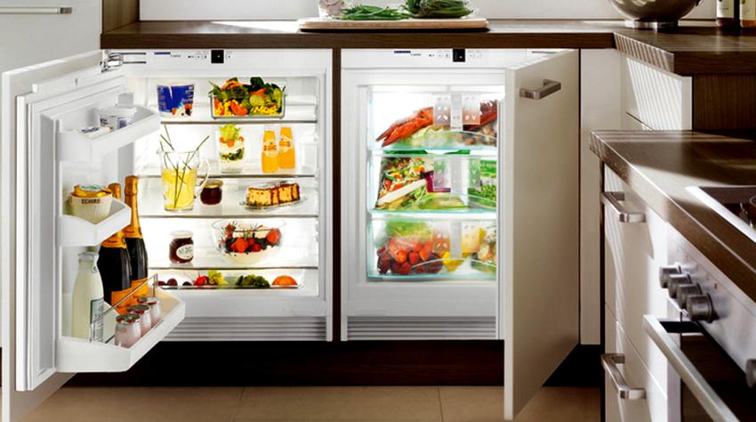 На рынке можно встретить варианты маленьких side-by-side холодильников под столешницу
