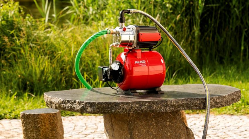 Схема работы автоматики для насосов водоснабжения и скважины по эффективности не уступает центральным системам