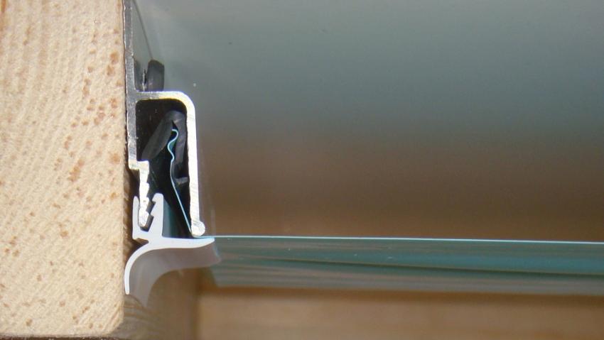 Алюминиевые багеты не деформируются с течением времени