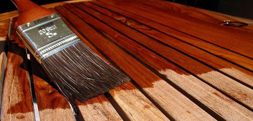 Масляно-восковые морилки используют для тонировки дерева, а также его реставрации