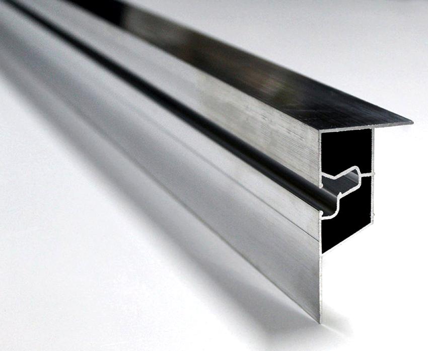 Алюминиевый профиль для натяжных потолков выдерживает большие нагрузки