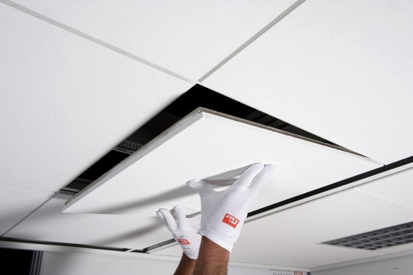 Для подвесного потолка «Армстронг» необходимо использовать Т-образный продольный и поперечный профиль