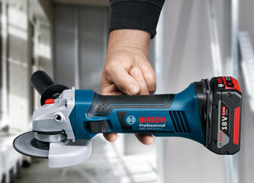 Bosch производит электрические, пневматические, а также аккумуляторные болгарки