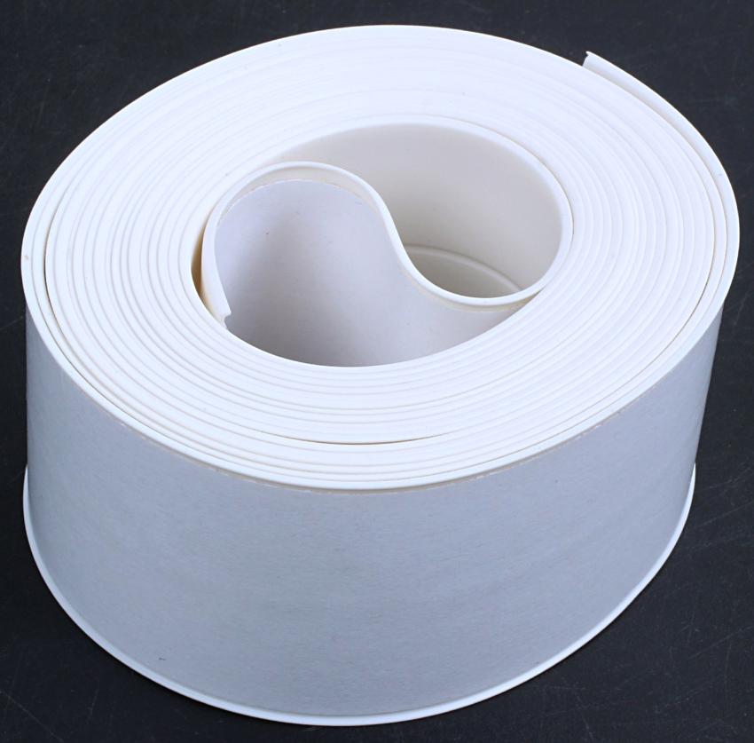 Бордюрные ленты изготавливают только из водонепроницаемых и водоотталкивающих составов
