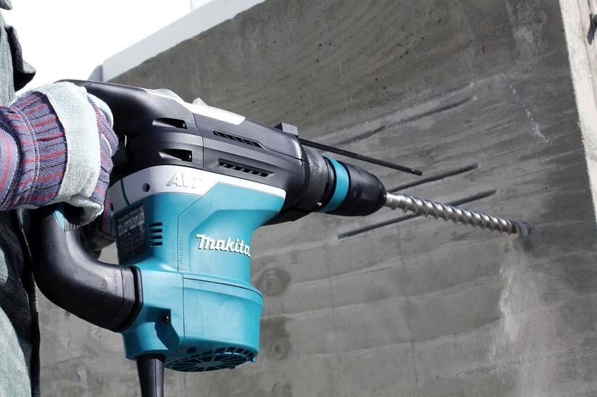 Бур для перфоратора применяется для выполнения отверстий в кирпичной, бетонной или каменной поверхностях