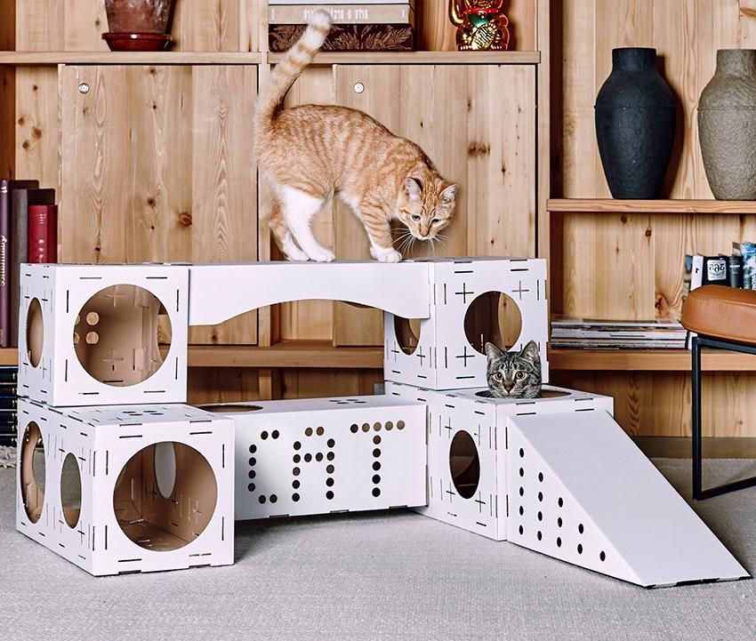 Домики для кошек своими руками могут быть жесткими или мягкими