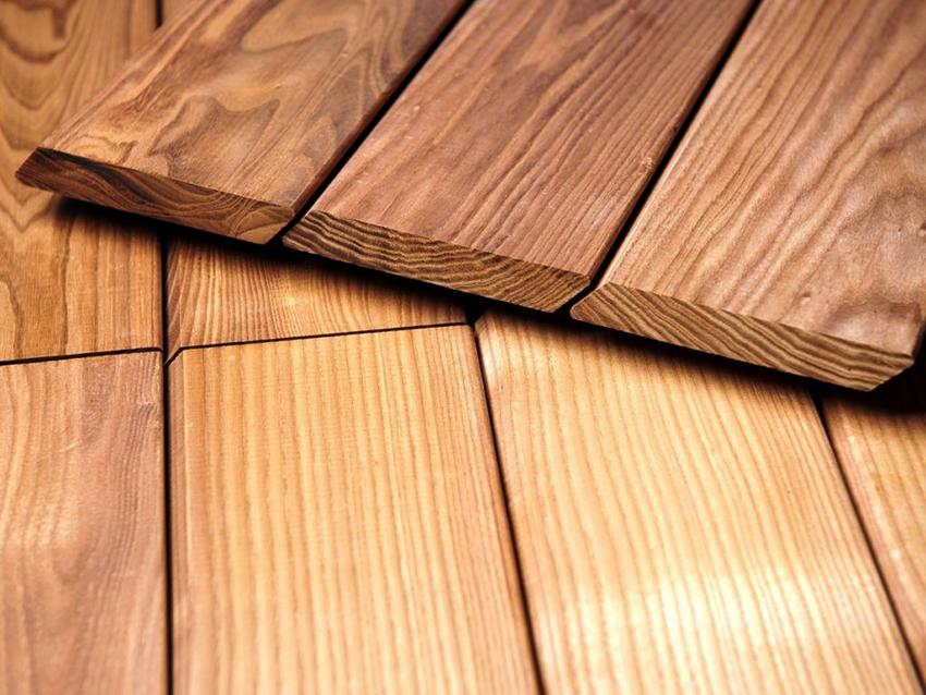 Планкен – это деревянная доска, опиленная с четырех сторон