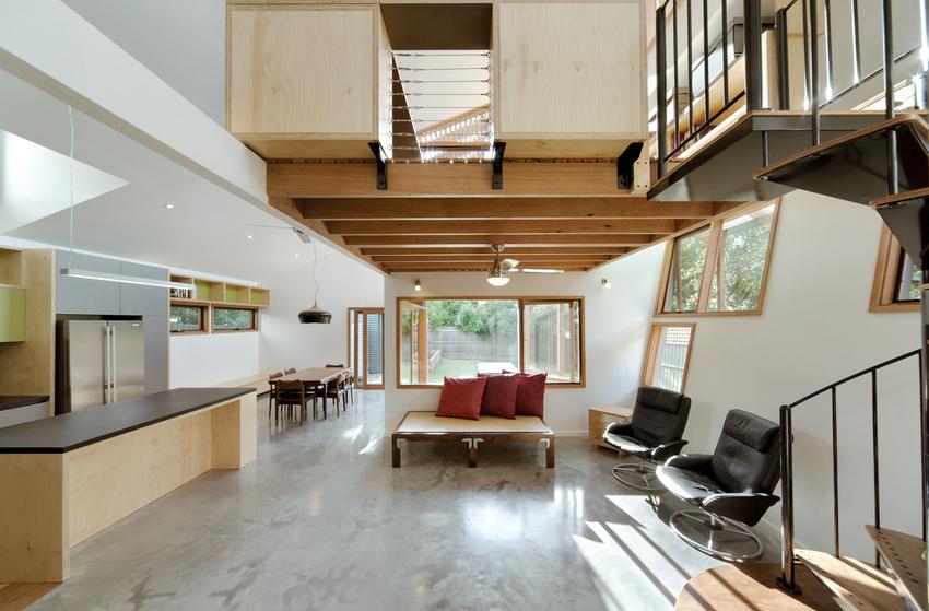 Дизайн комнаты располагающейся внутри надстройки зависит от того, для каких целей она используется хозяевами