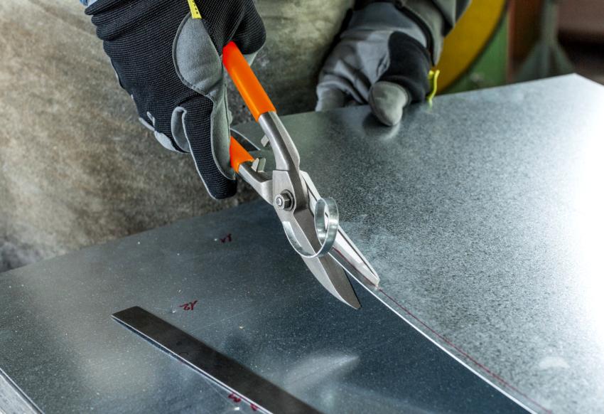 Ручные ножниц по металлу изготавливаются из стали НSS