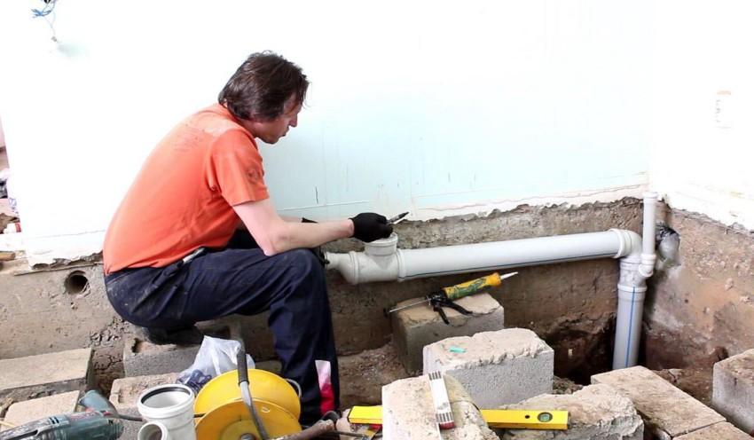 При длительной эксплуатации на внутренних стенках труб возникают отложения, которые постепенно разрастаются