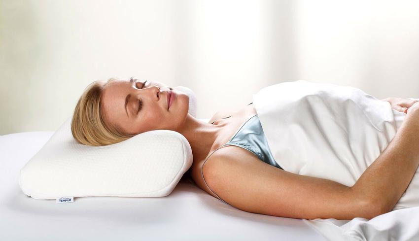 Ежедневное использование ортопедической подушки способствует излечению множества болезней опорно-двигательной системы
