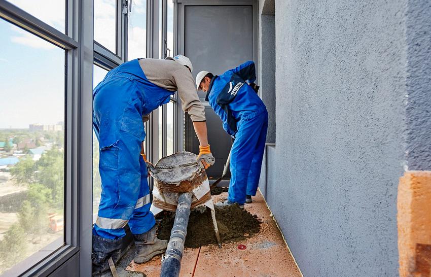 Напольное покрытие на балконе необходимо гидроизолировать и утеплить