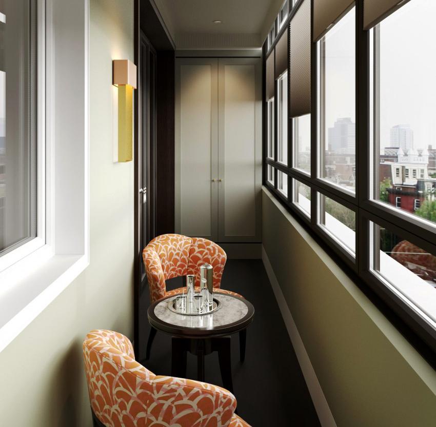Маленький балкон ни в коем случае нельзя загромождать, лучше разместить на нем только самое необходимое