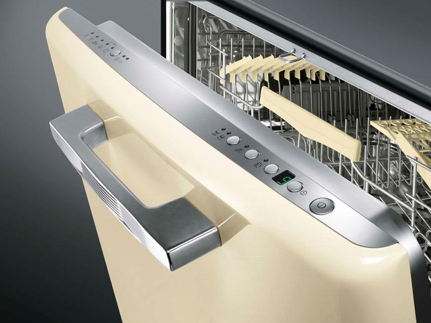 Если нет возможности установить посудомойку в кухонный гарнитур, то можно приобрести отдельно стоящую модель