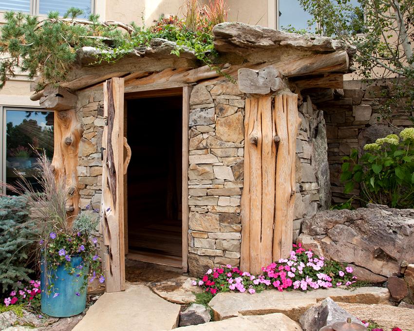 Кроме древесины в строительстве бань используют кирпич, камень и блоки