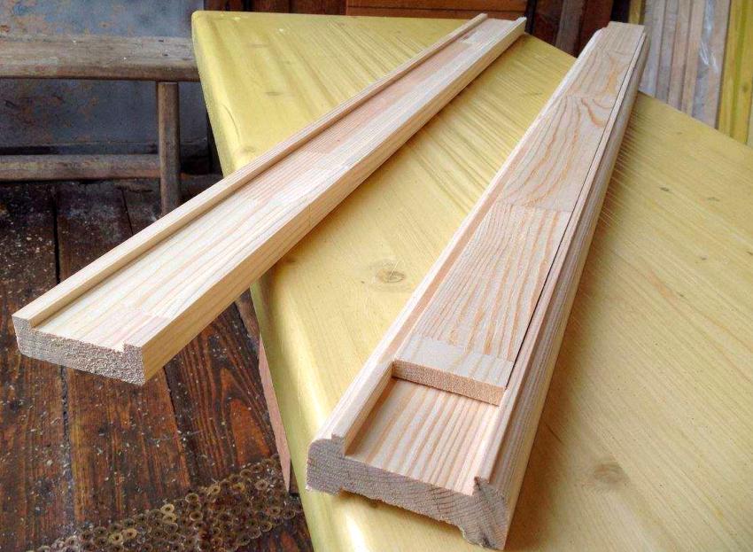 Поручни изготавливают из деревянных брусьев, сечение которых должно быть таким же как сечение балясин